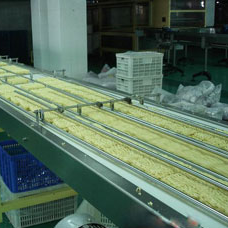 transport machine of instant noodle production line