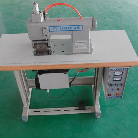 CC-100Q Air Ultrasonic Lace Machine