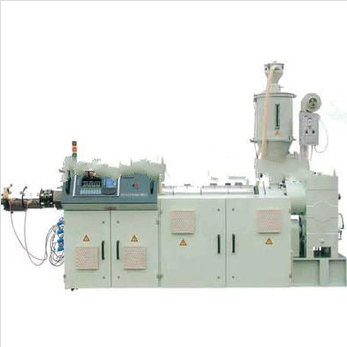New-type plastic single screw extruder