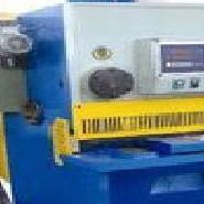 QC11K-6/2500 CNC HYDRAULIC GUILLOTINE SHEAR