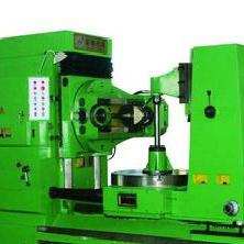 Classic Y31200E gear hobbing machine