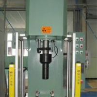 Single note hydraulic press