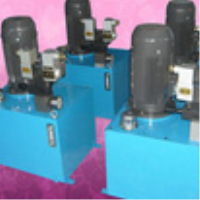 Small hydraulic station
