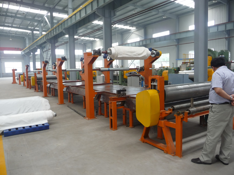 Tension conveyor belt building machine