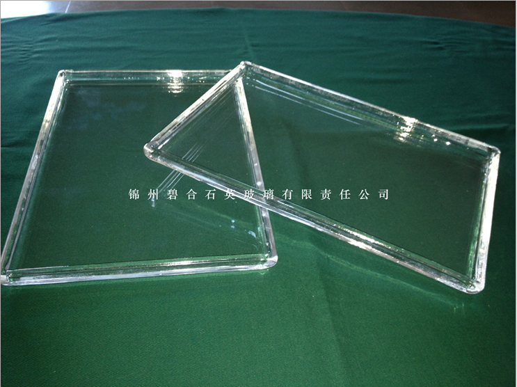 260 * 180 * 15 * 6 thick transparent quartz box resistance to high temperature