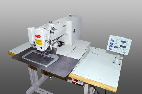 Computer-controlled high speed bar tracking industrial sewing machine with input function