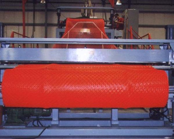 Линия производства и техника противоветрового плетня