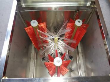 Brush washing bottle machine