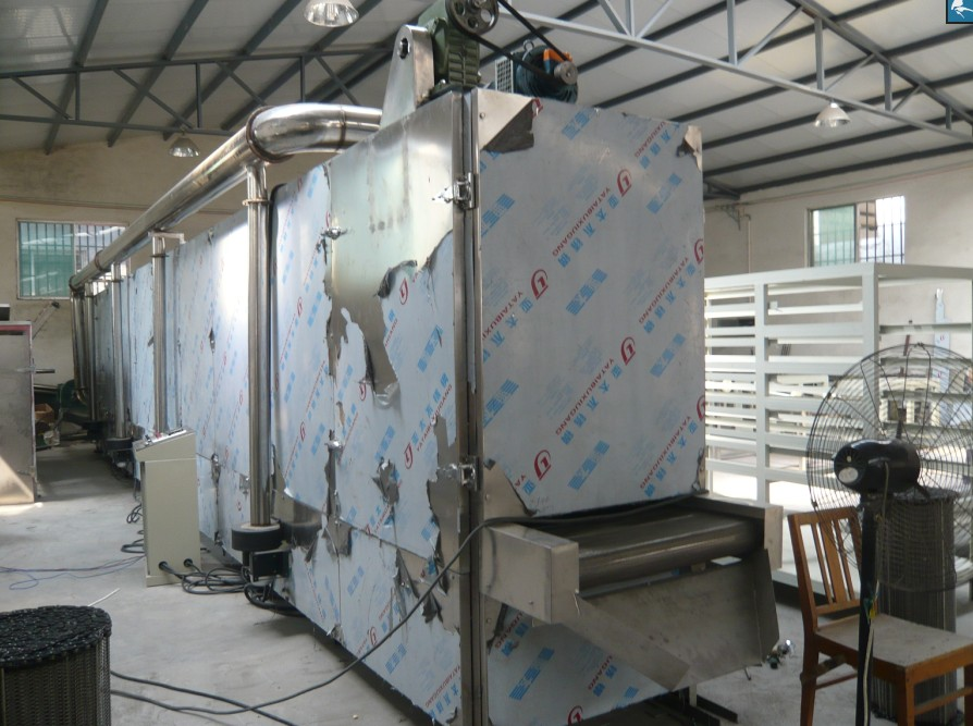 Continuous multi-layer drying machine