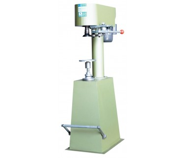 Manual can sealing machine