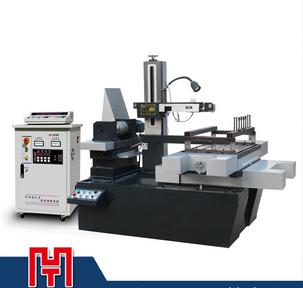 Fast wire-cuting machine DK7763