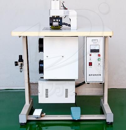 Упрощенная каемочная зашивочная машина