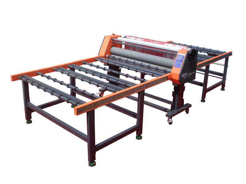 Полноавтоматическая машина пленки для панелирования стекла BFT-1740B1