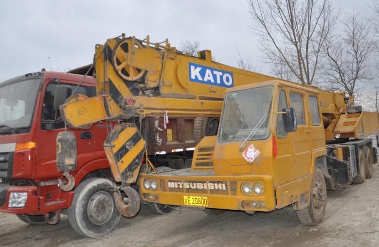 NK-200E hydraulic mobile crane hydrolic Used crane sales Kato 20ton used mobile truck crane