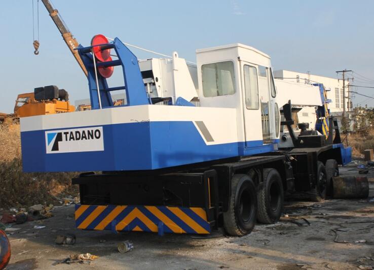TL-300E Hydraulic truck crane Used kato truck crane TADANO 30t tadano 300e used crane