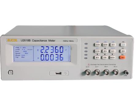 Измерительный прибор электрической емкости U2618B