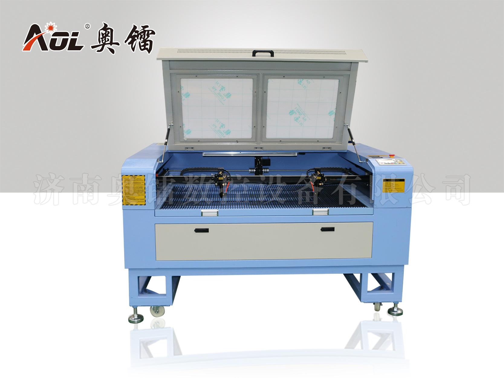 1390 Лазерная резательная машина гравировки