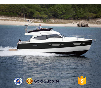 2016 new model 40ft cheap fiberglass china luxury yacht