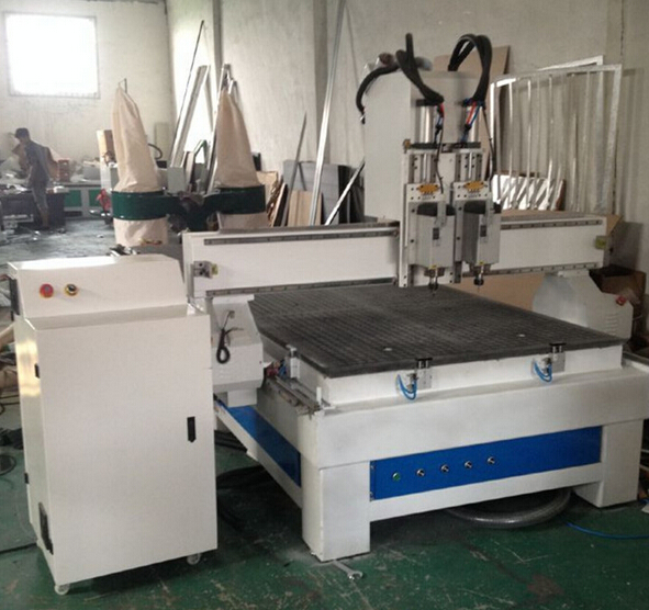 1300*2500mm (4'x8') Wood CNC Router&Engraver with Two Combined Spindles