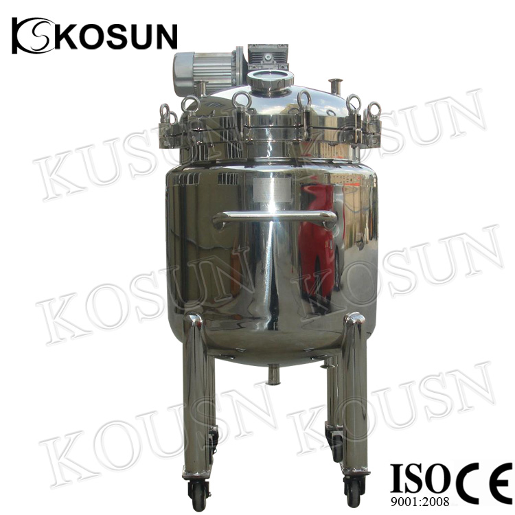 Movable mixing tank