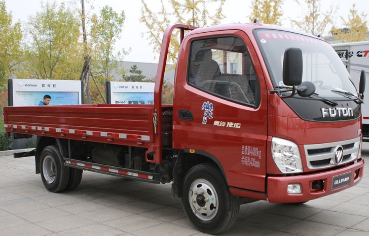 EURO 4 DIESEL ENGINE 4 TONS LIGHT CARGO TRUCK