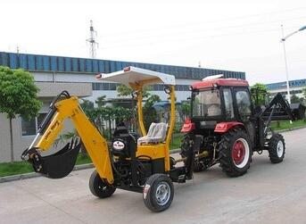 Towable Backhoe with Diesel/Gasoline Engine