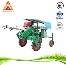 New design manual vegetable seeder
