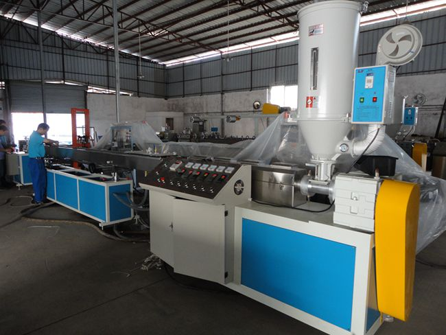 nylon rivet tube extrusion line