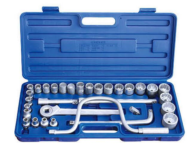 32PCS Hand Tool Socket Wrench Set
