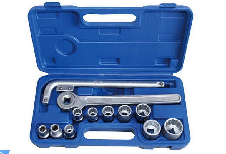 13PCS Hand Tool Socket Wrench Set