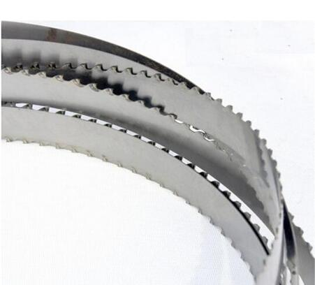 High wear and fatigue resistance band saw blade