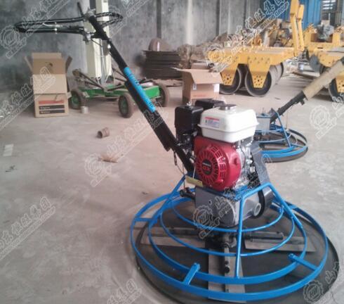 Машина для заглаживания бетона
