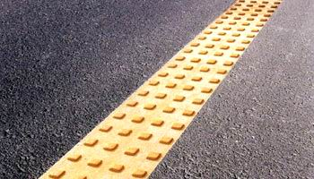 Road coating material