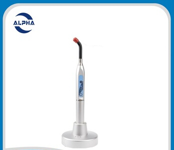New products on China market 5w curing light dental