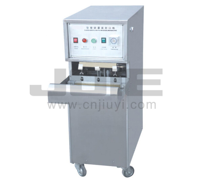 JE-CM60 PLASTIC BAG FILLING-SEALING MACHINE