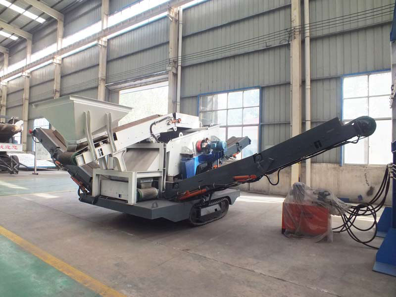 China crawler gravel mobile crushing plant