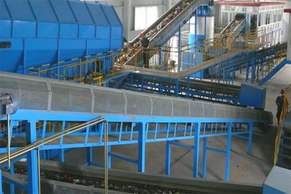 Municipal waste sorting and recycling system
