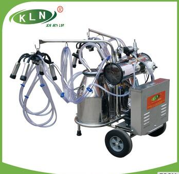 Vacuum pump type mobile cow milking machine