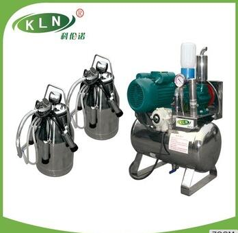 Fixed vacuum pump pipeline milking machine