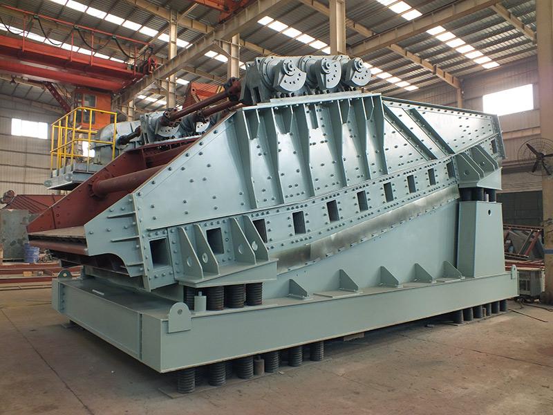 Triaxial coal mining screen