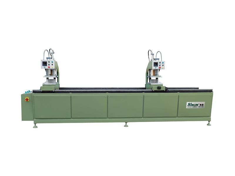 Four-head welding machine for PVC window