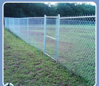 Hot Sale Long Service Life and First Rate Optimal Square Chain Link Steel Mesh Fence