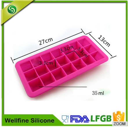 Covered 100% food-grade silicone ice 21 cubes per tray with lid for angle storage in the freezer
