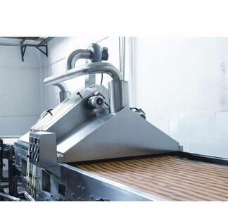 Disk type oil sprayer for biscuit line