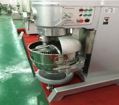 Planetary flour mixer