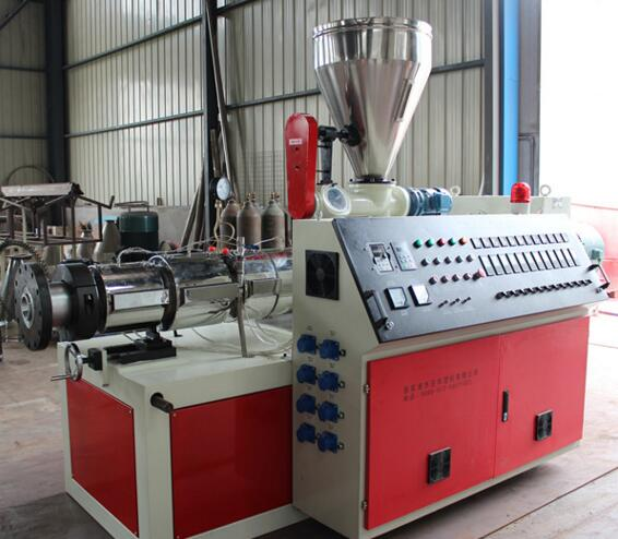 China manufacturer Upvc Profile Machine/ Pvc / Mould/ Extruder/ Door Panel