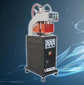 Single head welding machine for pvc/UPVC profiles