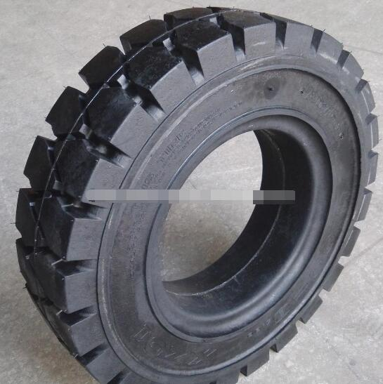 low rolling resistance solid resilient tyres